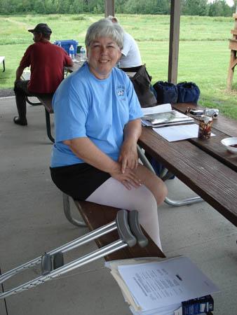 Cindi Chilbert even trains on crutches!